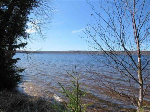 Parcel 13 Blue Water Way 1112931 : Lake Linden : Houghton County : Michigan