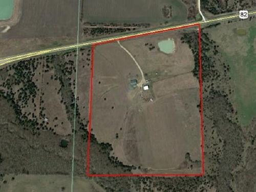 Home On 45 Acres With Shop : Honey Grove : Lamar County : Texas