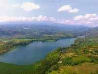 Lake Front, 5.6 Acre, Hwy Frontage : Ajenjal : Costa Rica