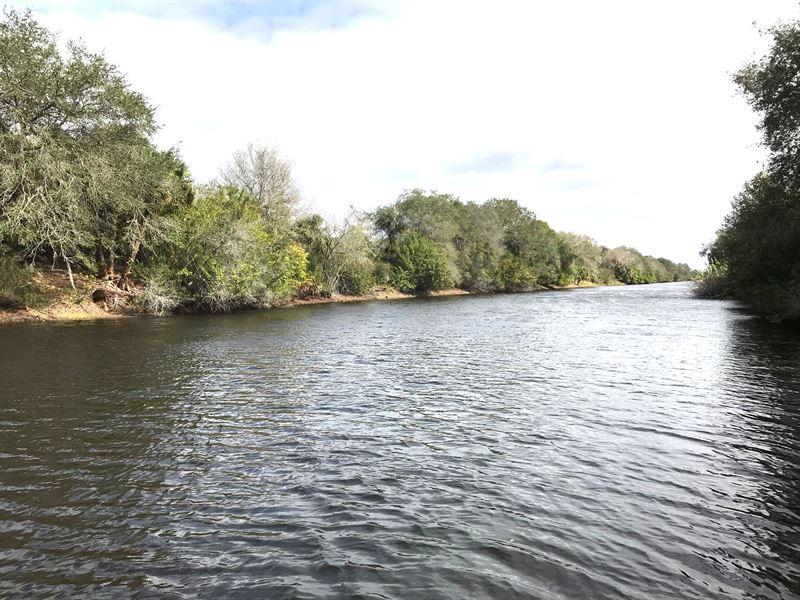 Stunning Waterfront Property : North Port : Sarasota County : Florida