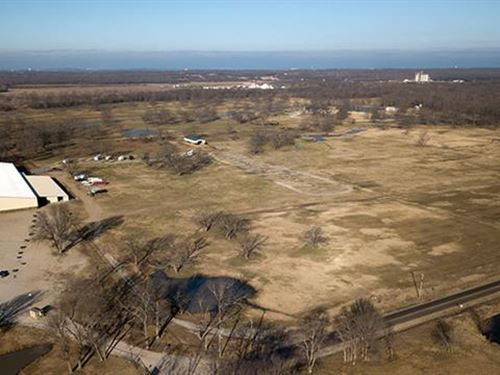 24.46 Acres Complete With 60 : Inola : Rogers County : Oklahoma