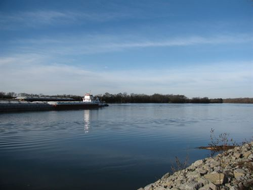 Tennessee River Front Land : Crump : Hardin County : Tennessee