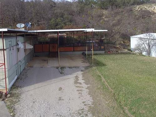Home Corner Lot Lake Brownwood : May : Brown County : Texas
