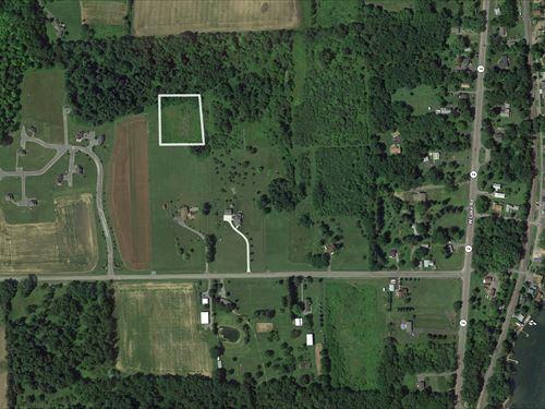 Small Building Lot In Fingerlakes : Geneva : Ontario County : New York