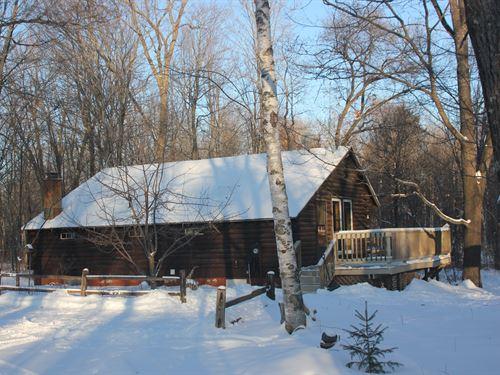 Full Log Home In Hazelhurst : Hazelhurst : Oneida County : Wisconsin