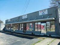 Retail Property Auction : Dallas : Dallas County : Texas