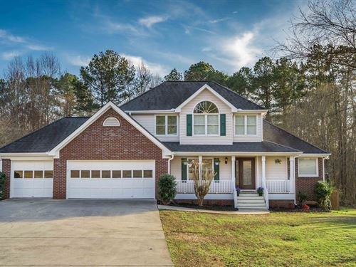 2 Story Home, Pool & Finished Bsmt : Loganville : Walton County : Georgia