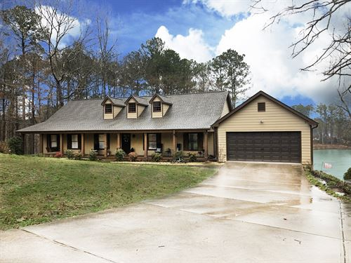 Lake Front Home Fully Remodeled : Monroe : Walton County : Georgia