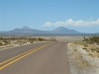 60 Acs, On Paved Hwy With Electric : Sierra Blanca : Hudspeth County : Texas
