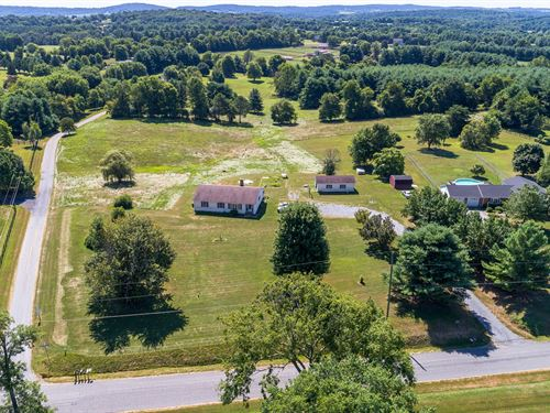 6.5 Acres Ideal For Farmette : Lovettsville : Loudoun County : Virginia