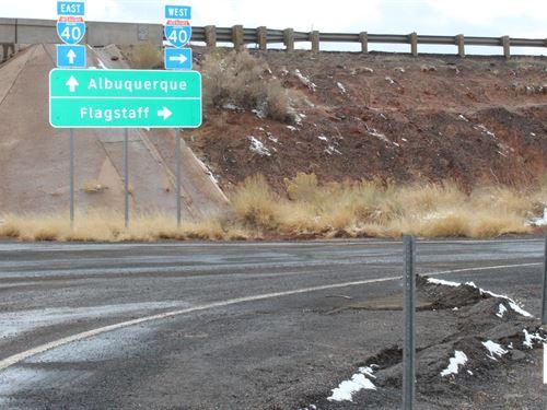 Large Acreage Interstate 40 : Joseph City : Navajo County : Arizona