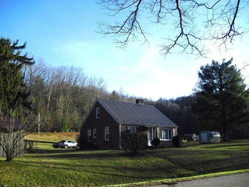 Nice 4 Bedroom 2 Bath Brick Home : Marion : Smyth County : Virginia