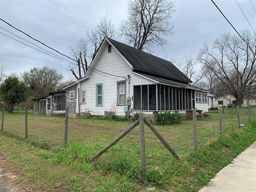 2B/2B Older Home Slocomb, Alabama : Slocomb : Geneva County : Alabama