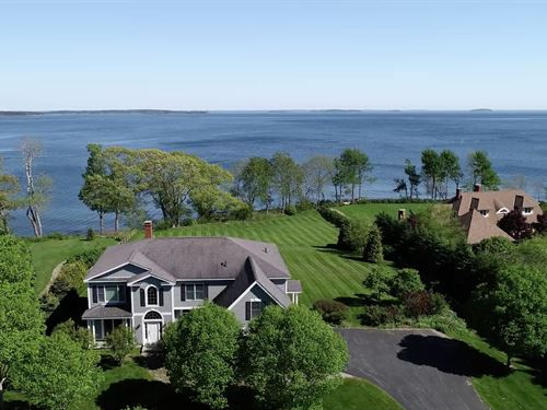 Oceanfront / Mid-Coast Maine : Lincolnville : Waldo County : Maine