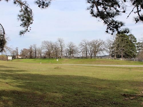 Lots, Tract Commercial Property : Frankston : Henderson County : Texas