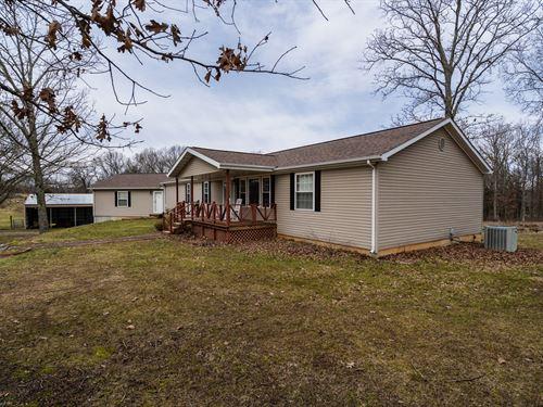 Missouri Farm, Home, Barn, Silo : Pomona : Howell County : Missouri