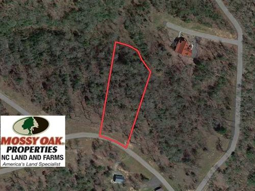 1.23 Acres of Residential Land : Murphy : Cherokee County : North Carolina