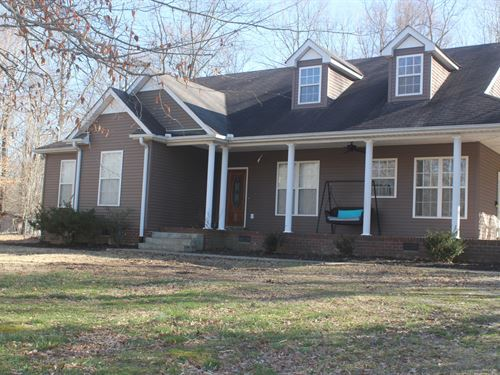 Country Home Acre Middle Tennessee : Burns : Dickson County : Tennessee