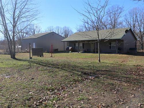 Hobby Farm in Shannon County : Winona : Shannon County : Missouri