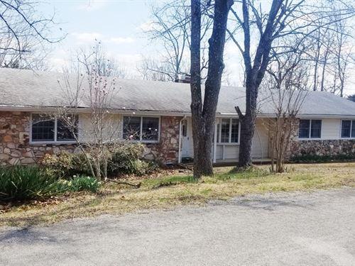 Lake Front Home Cherokee Village : Cherokee Village : Fulton County : Arkansas