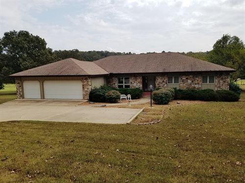 One Level Golf Course Home Arkansas : Cherokee Village : Sharp County : Arkansas