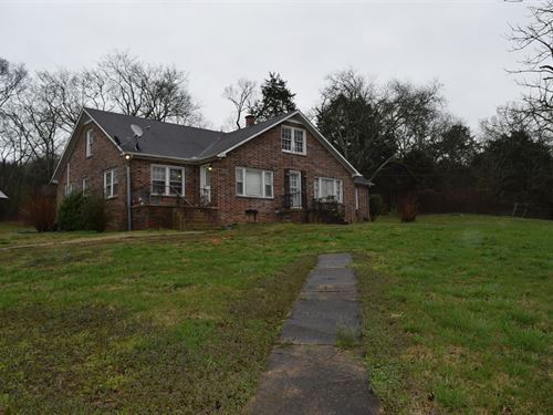 First Time On The Market : Christiana : Rutherford County : Tennessee