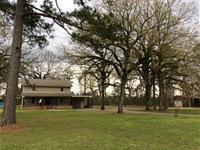 Center Point Lodge, Avoyelles Pari : Center Point : Avoyelles Parish : Louisiana