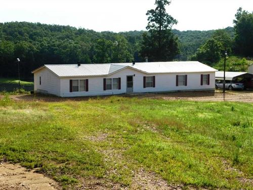 Residential Home on 72 Acres For : Doniphan : Ripley County : Missouri