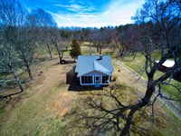 Country Farmhouse Acreage Stanly : Albemarle : Stanly County : North Carolina