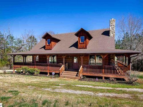 Beautiful Farm With Mountain Views : Greenville : South Carolina