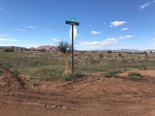 Scenic Corner Lot 1.46 Acres : Pearce : Cochise County : Arizona
