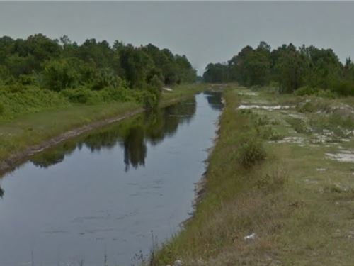 Waterfront Lehigh Acres, Florida : Lehigh Acres : Lee County : Florida