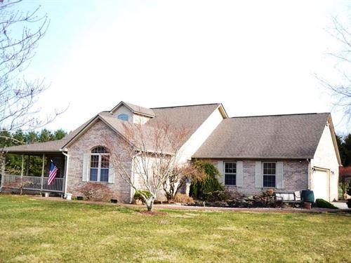 3 Bedroom Brick Home 6+ Acres Rural : Rural Retreat : Wythe County : Virginia