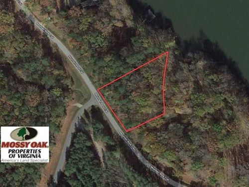 1 Acre of Main Lake Front Lot For : Boydton : Mecklenburg County : Virginia