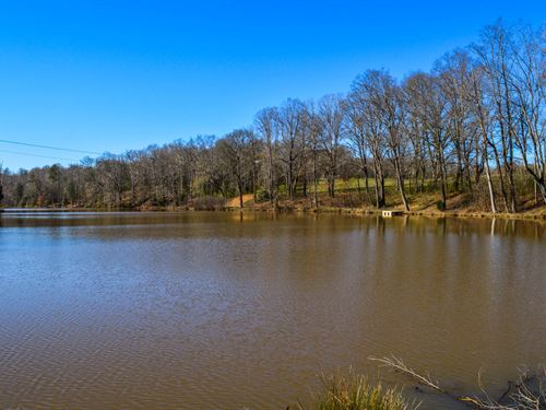 105 Acres With Large Pond : Woodruff : Spartanburg County : South Carolina