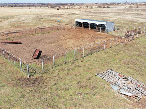 160 Acres Grassland & Ponds : Blackwell : Kay County : Oklahoma