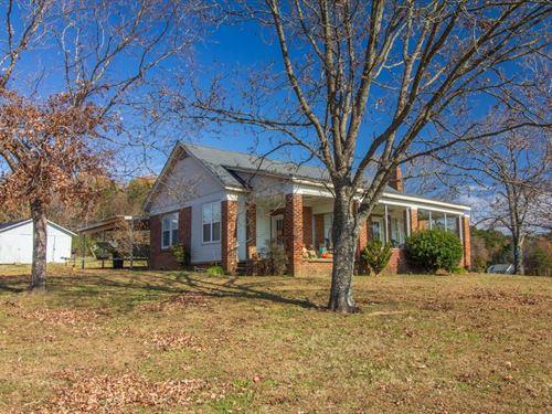 Brick Farmhouse Charmer Selmer, TN : Selmer : McNairy County : Tennessee