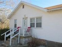 Nice Home Hunting Cabin Schell : Schell City : Vernon County : Missouri