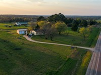 10.64 Acres With Modular Home : Cameron : Milam County : Texas