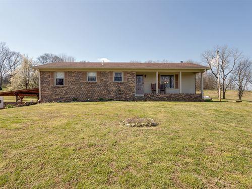 All Brick Ranch, 5 Bedrooms, Santa : Santa Fe : Maury County : Tennessee