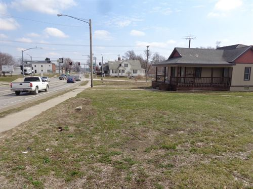Excellent Business Opportunity, 3 : Trenton : Grundy County : Missouri