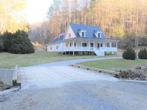 Gorgeous Mountain Home Creek : Check : Floyd County : Virginia