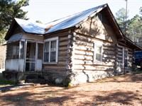 Rustic Cabin With Fishing Pond : Dennard : Van Buren County : Arkansas