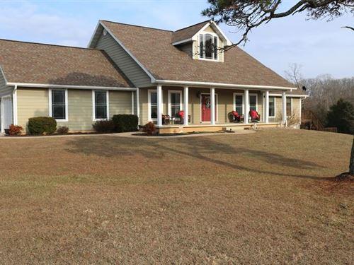 Hobby Farm Contemporary Home : Mountain View : Howell County : Missouri