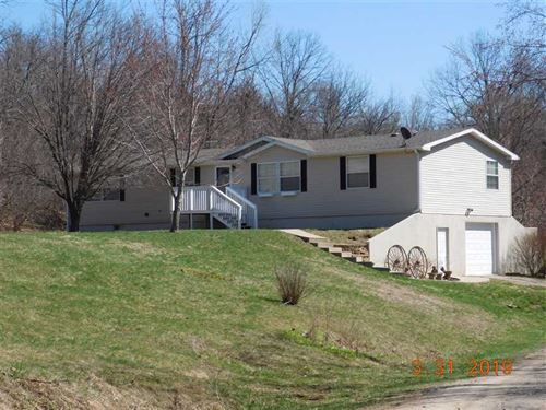 Country Living On 10 M/L Acres : De Kalb : Buchanan County : Missouri