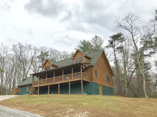 Gorgeous Log Home in Hiwassee VA : Hiwassee : Pulaski County : Virginia