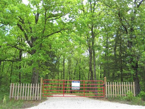 Hunting Land, 20 Acres, Camp : Stover : Morgan County : Missouri