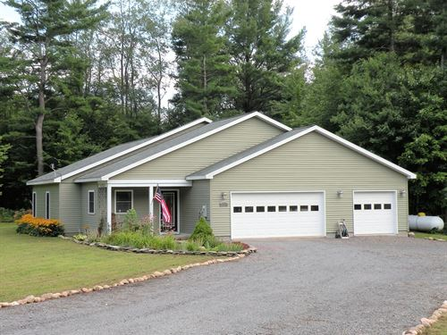 Beautiful 3+ Bed 2 Bath Home 1.58 : Adams : Jefferson County : New York