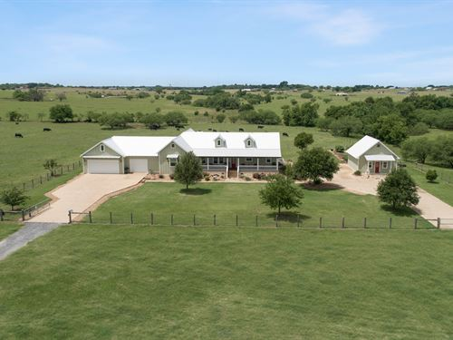25 Acres & Country Home : Bryan : Brazos County : Texas