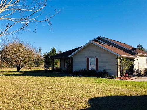 Country Home City Limits Trenton : Trenton : Gilchrist County : Florida